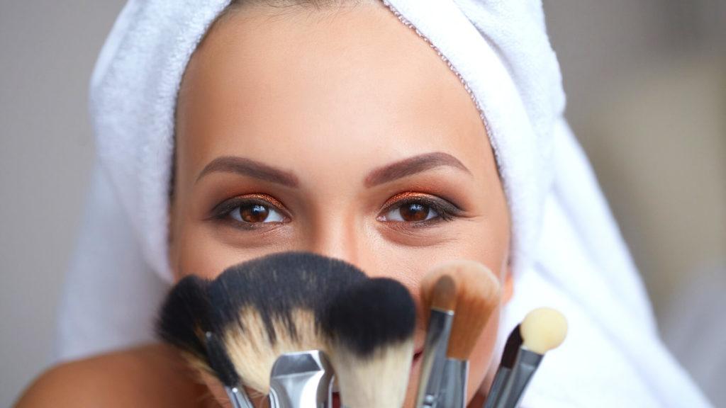 mejores-brochas-para-maquillaje